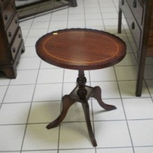 Senoviniai staliukai Molėtuose