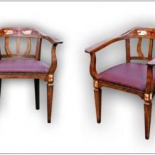 Klasikinės medinės kėdės Klaipėdoje