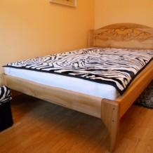 Medinės lovos Palangoje